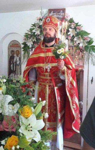 Протоиерей Иоанн Шимон – настоятель храма  священномученика святителя Вениамина, митрополита Петроградского и Гдовского в городе Симферополе. Благочинный Второго Симферопольского благочиния