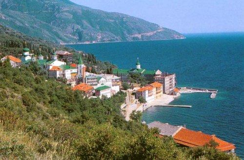 Свято-Пантелеимонов монастырь на горе Афон