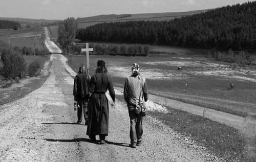 Можно ли считать монашескую жизнь выше, чем жизнь семейную?