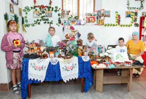 Акция «Белый цветок» в храме Всех Крымских святых в поселке Гвардейское Симферопольского района