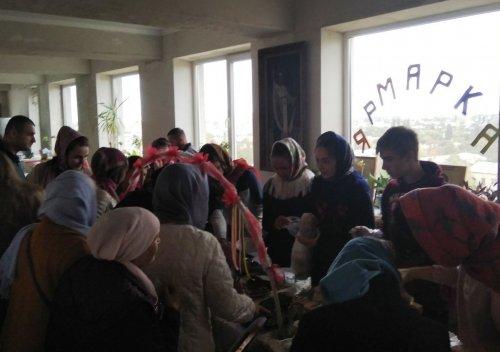 Благотворительная акция «Белый цветок» прошла в храме Святителя Иоанна Златоуста в поселке Грэсовский Симферопольского района