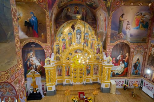 Роспись храма священномученика святителя Вениамина, митрополита Петроградского и Гдовского в Симферополе