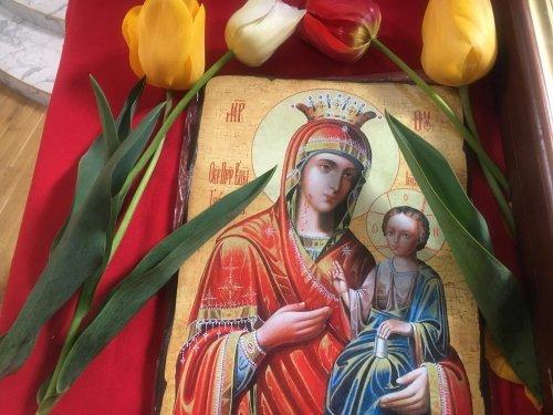 Молебен Иверской иконе Божией Матери в храме сщмч. Вениамина в Симферополе