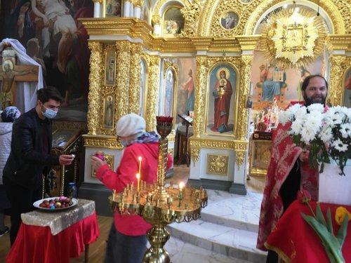 Молебен иконе Божией Матери «Живоносный источник» в храме сщмч. Вениамина в Симферополе