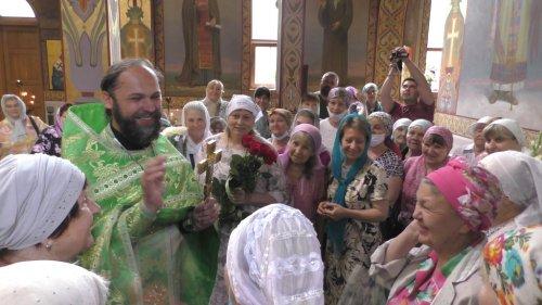 Служение настоятеля храма протоиерея Иоанна Шимона в день рождения