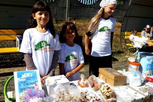 Благотворительная акция «Белый цветок» в поселке Молодежное Симферопольского района
