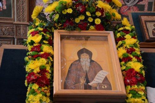 Праздничное богослужение в престольный праздник храма в честь преподобного Амвросия Оптинского